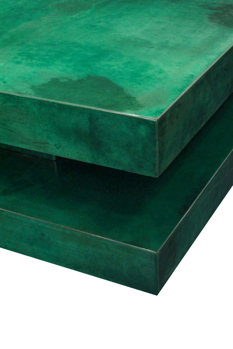 Coffee Table in Lacquered Goat Skin with Mirrored Interior by Aldo Tura 6