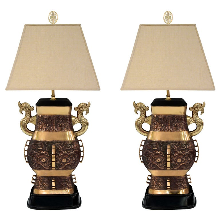 Pair of Impressive Bronze Chinese Urn Table Lamps For Sale