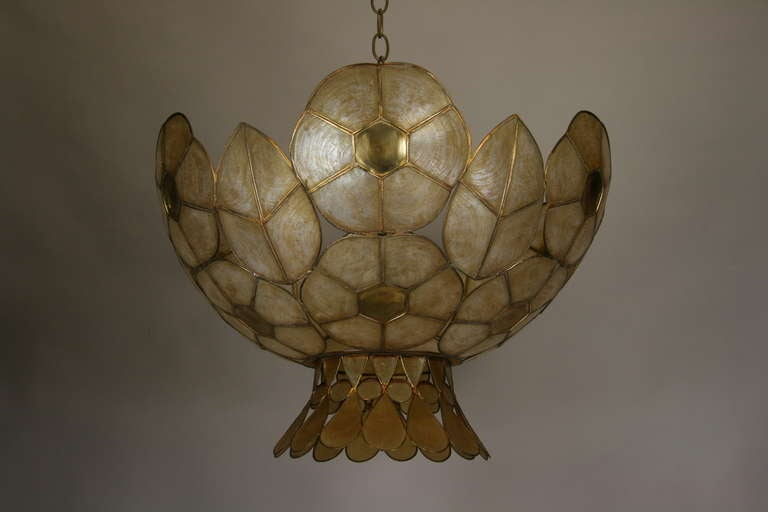 Mid Century  Capiz Shell-Tulip Pendant In Good Condition For Sale In Douglas Manor, NY