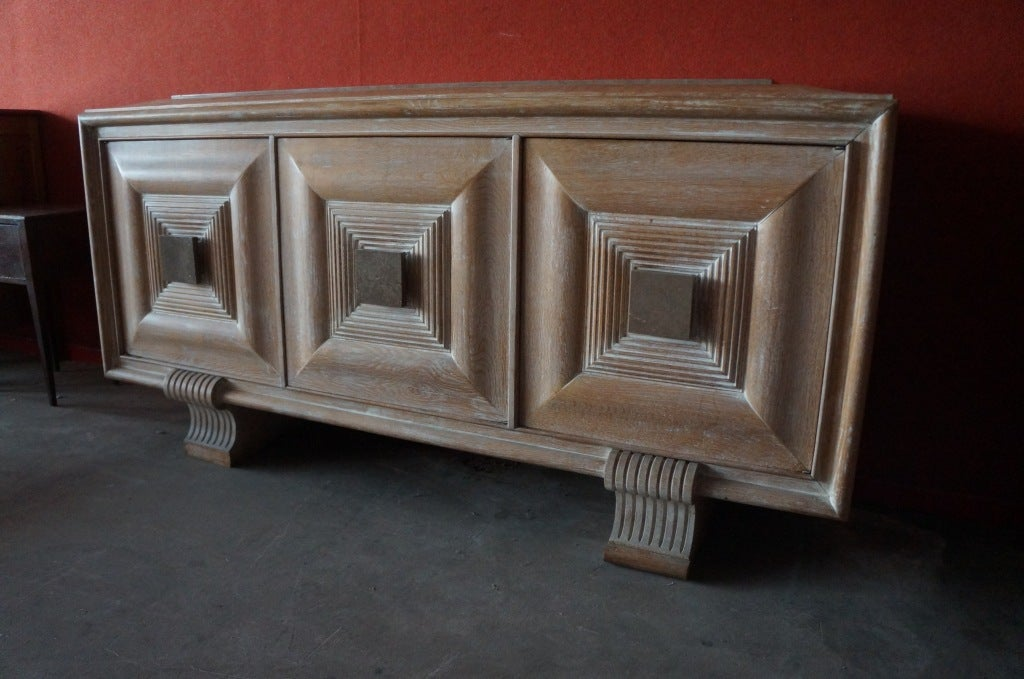 original 6 chairs / one table without original leaves / sideboard