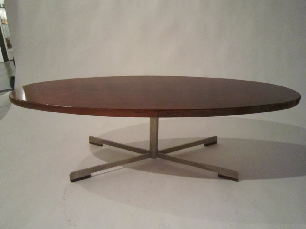 Metal Large Rosewood Oval Coffee Table For Sale