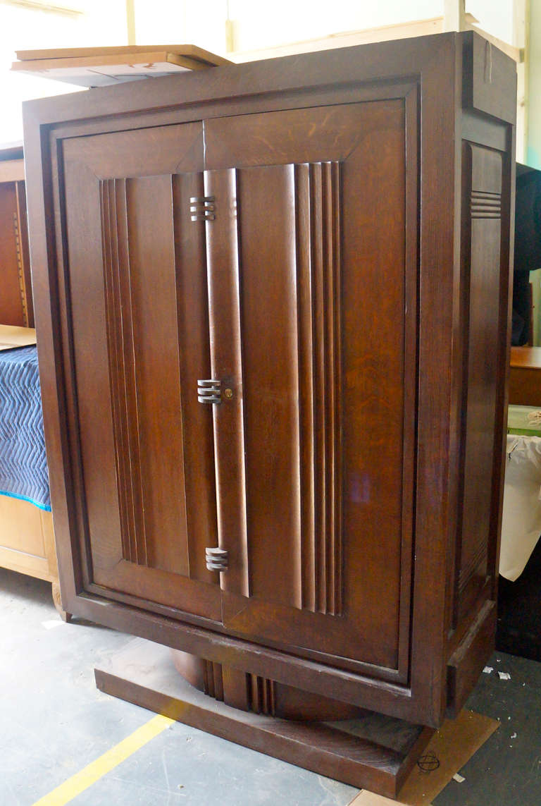 Charles Dudouyt armoire.