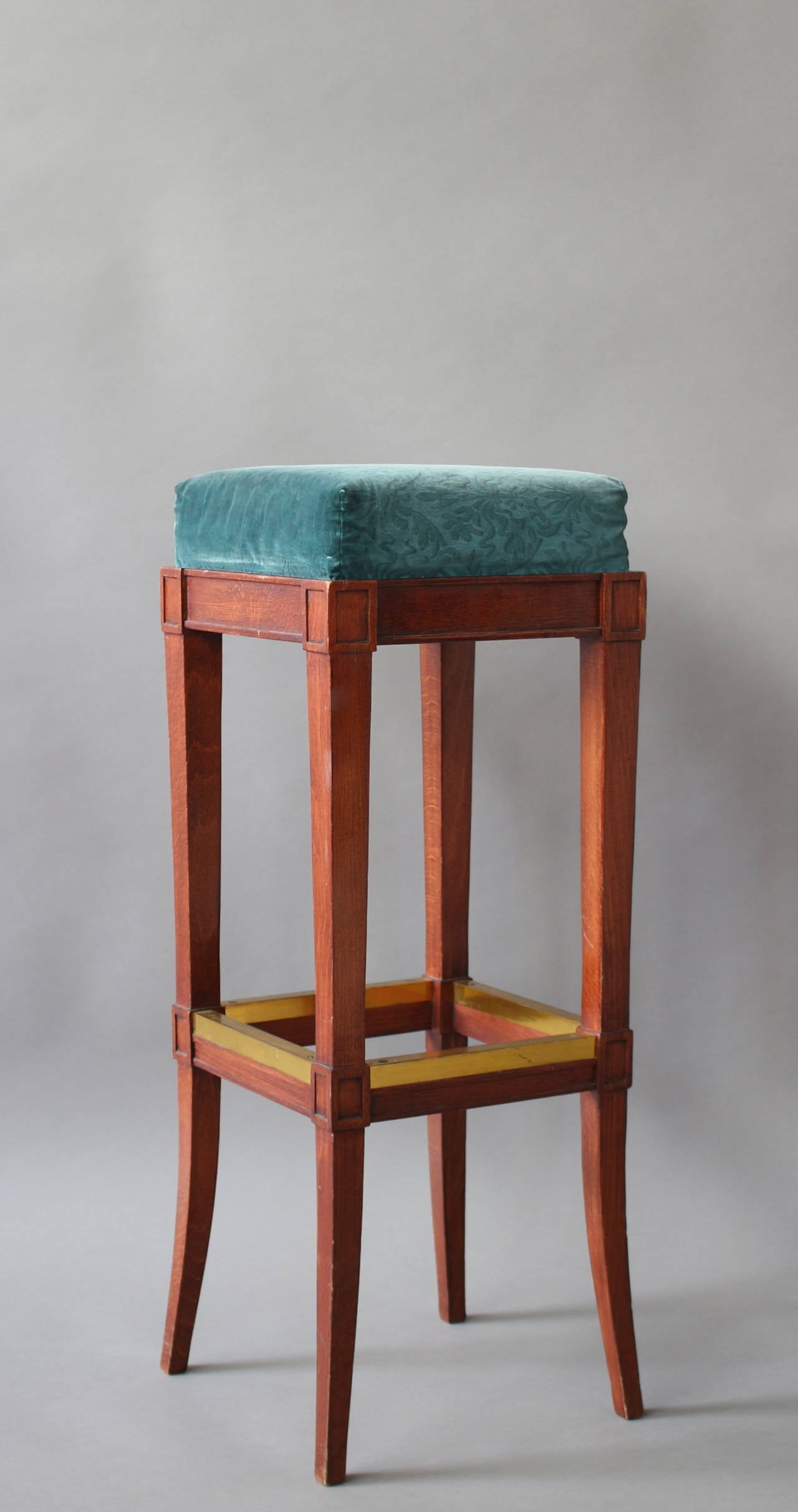 French Art Deco Bar Stool In Good Condition For Sale In Long Island City, NY