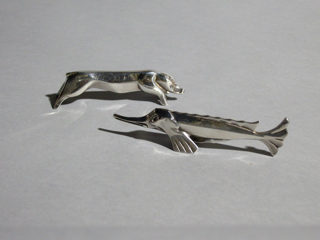 A Set of 12 Fine French Art Deco Knife Rests by Gallia for Christofle For Sale 3