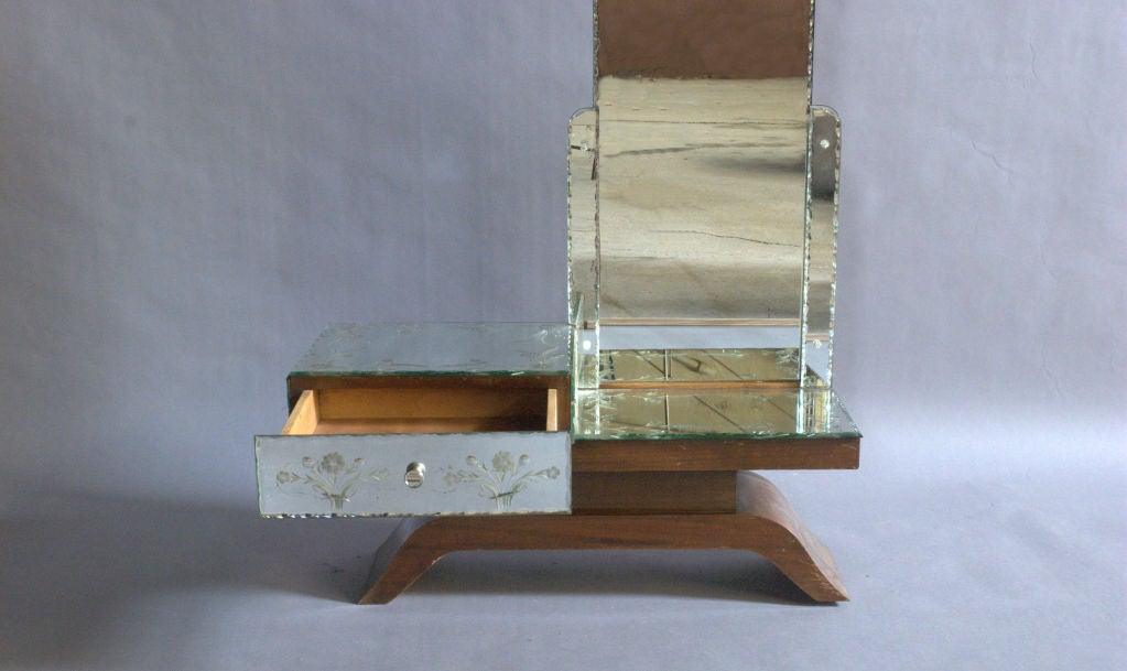 A Fine French Art Deco Mirrored and Mahogany Vanity For Sale 4