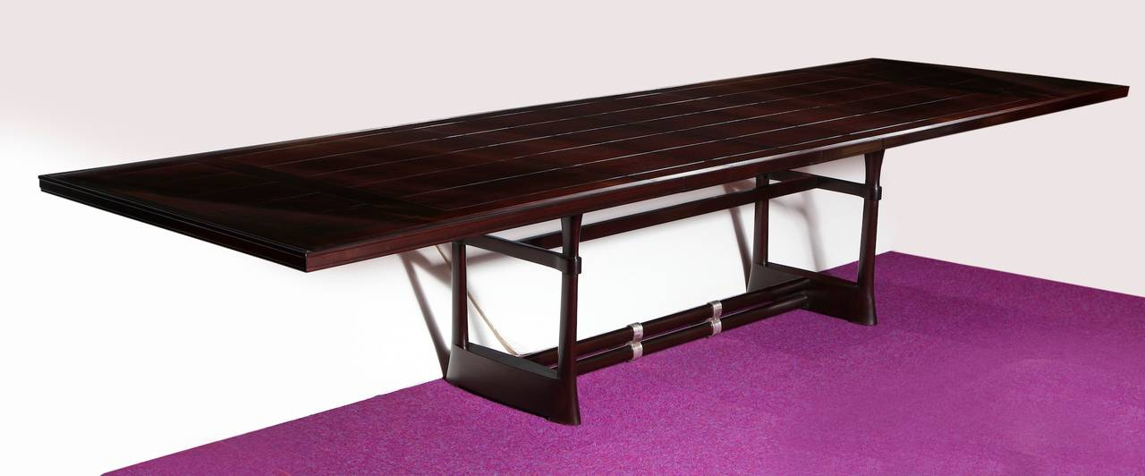 Unique extension dining table by paul laszlo at 1stdibs for Unusual extending dining tables