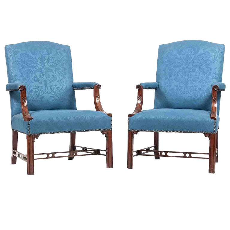 18th Century Pair of Gainsborough Armchairs For Sale