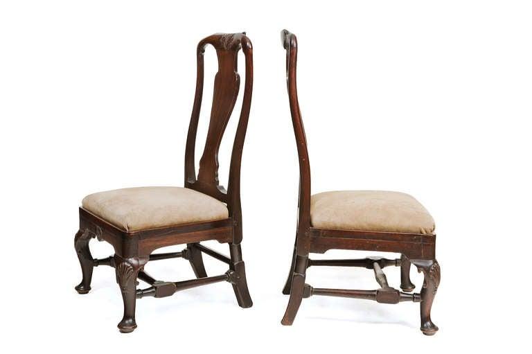 Irish Pair of 18th Century Georgian Mahogany Slipper Chairs For Sale