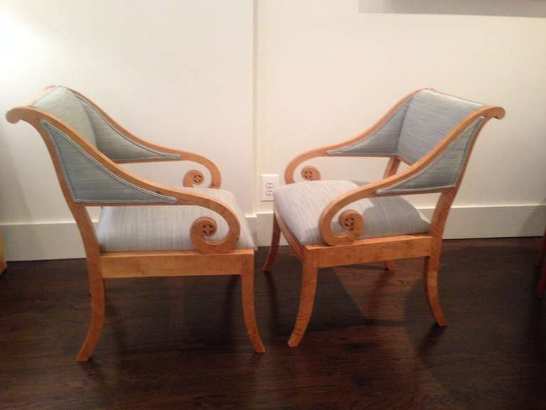 Pair of Swedish Cabinetmaker Chairs in Classical Style In Excellent Condition For Sale In New York, NY