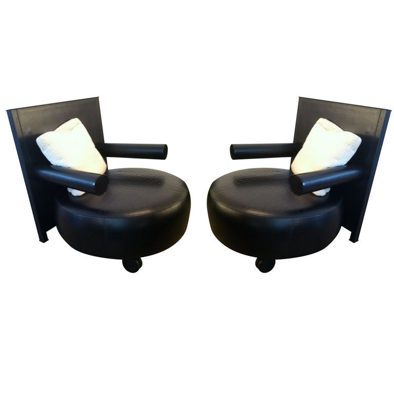 Pair of antonio citterio 80 39 s leather chairs 3 at 1stdibs for 80s lounge chair