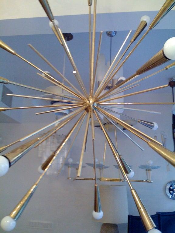Pair of Large 1960s  Italian Mid Century Brass Starburst Sputnik Chandeliers 6