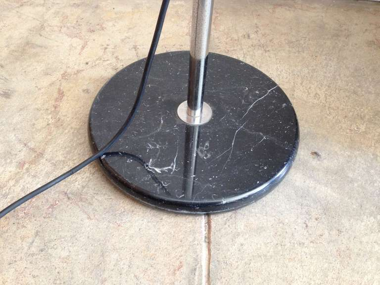 Mezzaluna Floor Lamp In Excellent Condition For Sale In New York, NY