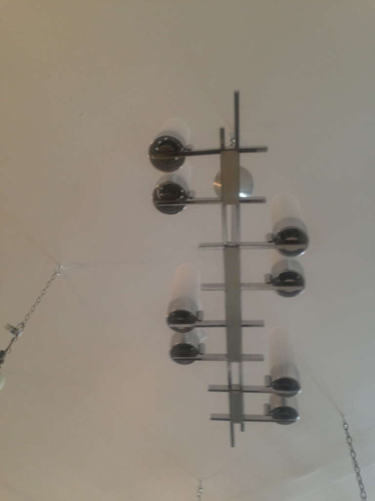 French 1960s Chandelier For Sale 1