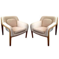 Pair of Knoll Bill Stephens Lounge Chairs