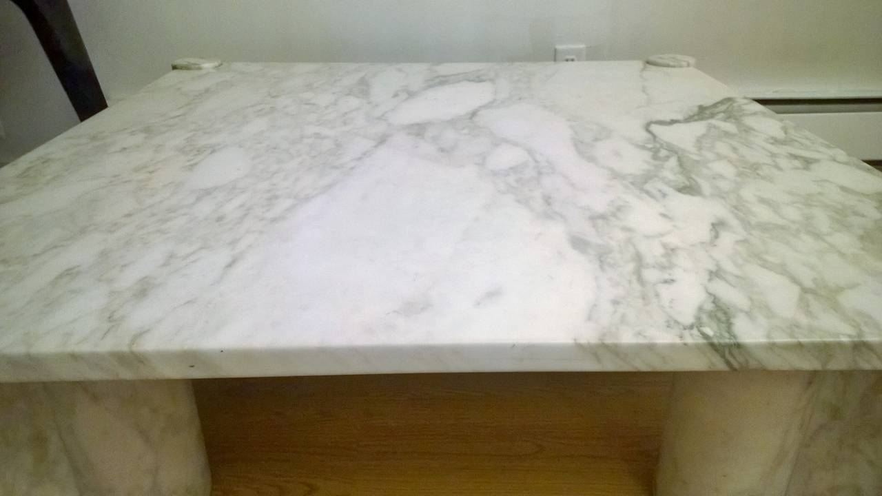"Gae Aulenti ""Jumbo"" Marble Table 7"