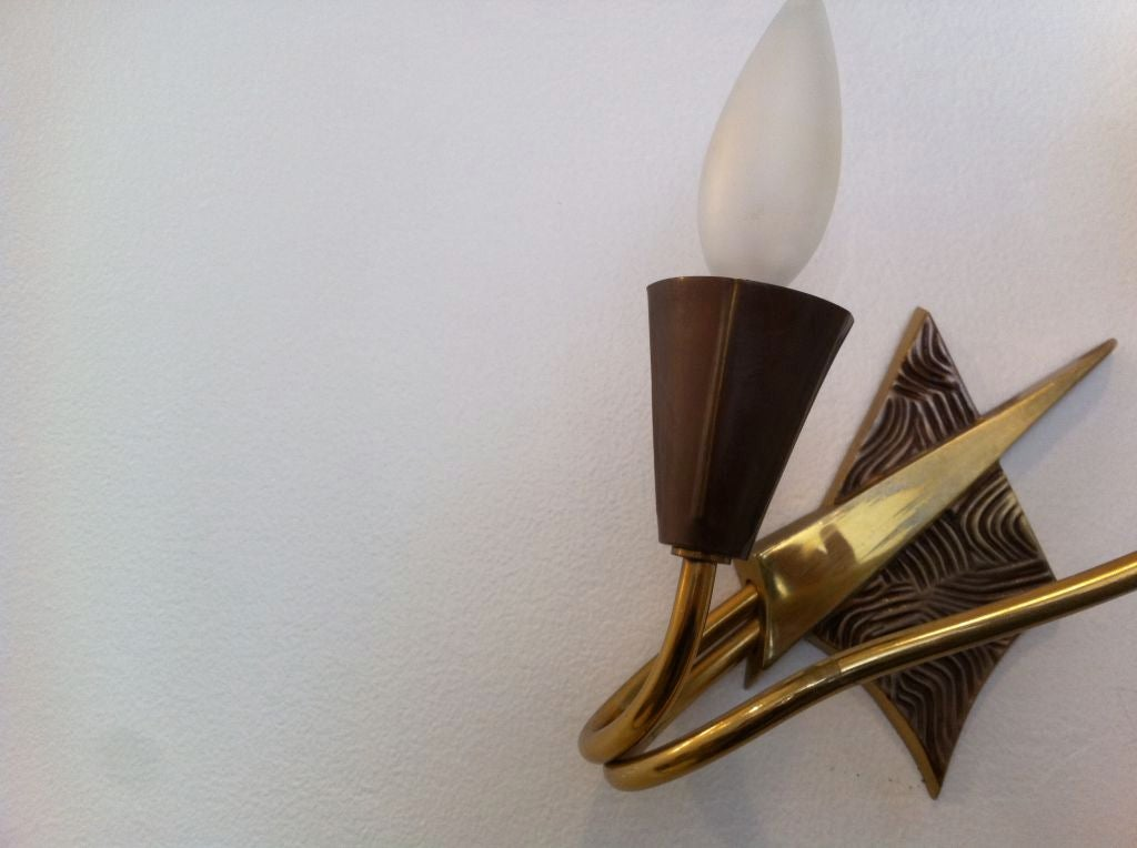 Pair of French 1970s Appliques or Sconces For Sale 3