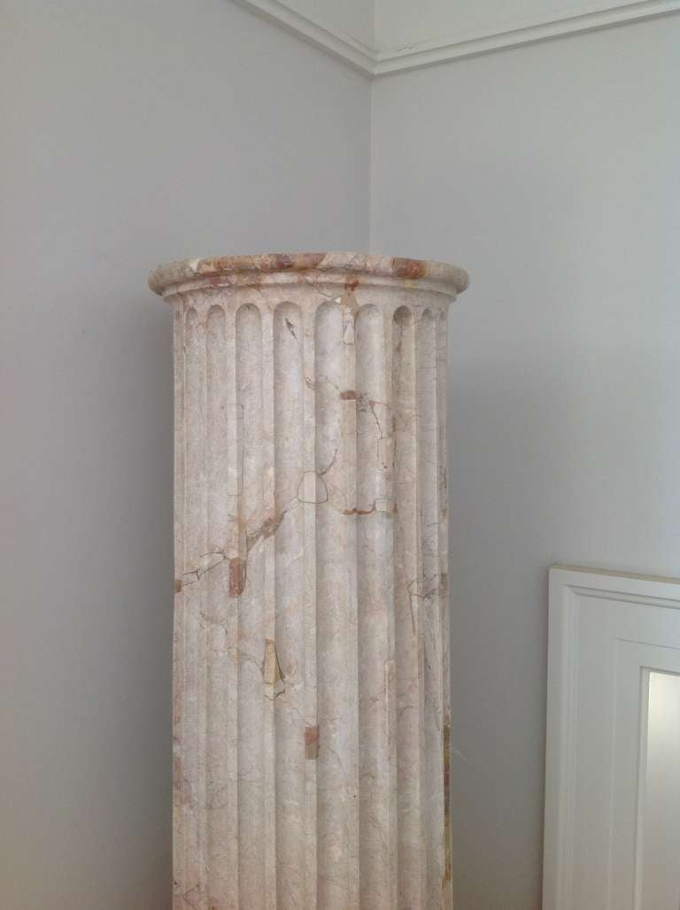 Pair of Classical Marble Columns In Excellent Condition For Sale In New Orleans, LA