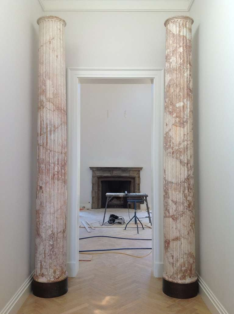 Pair of Classical Marble Columns For Sale 2