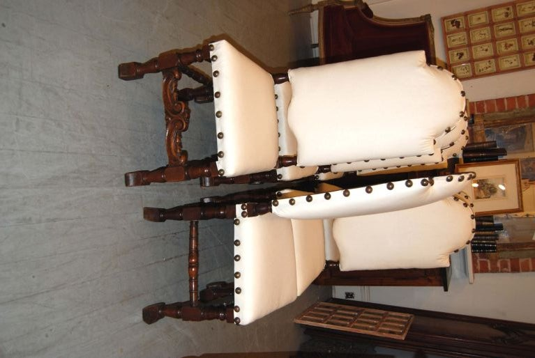 French Set of 6 19th Century Walnut Chairs For Sale