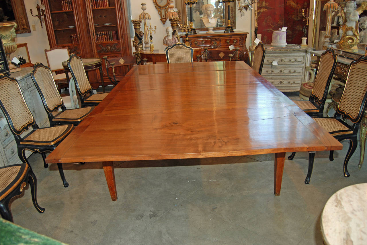 18th Century Italian Walnut Harvest Table 2