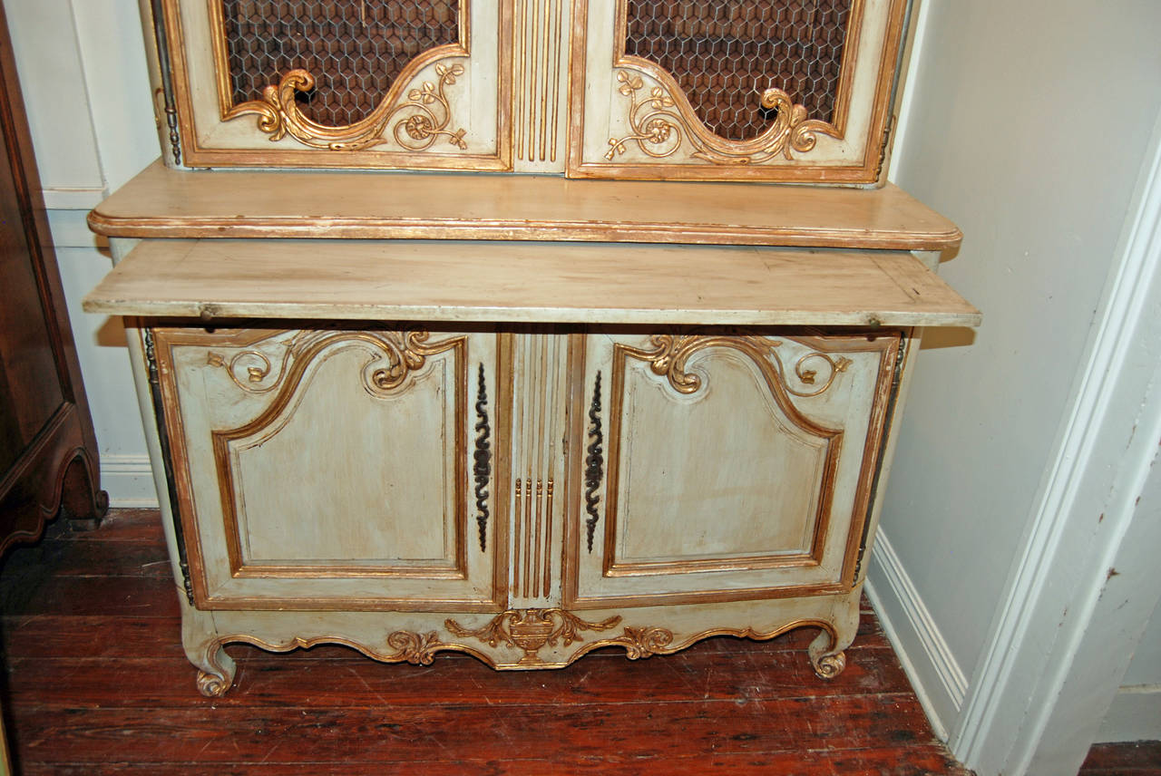 18th Century Painted and Gilded Buffet Deux Corps For Sale 3