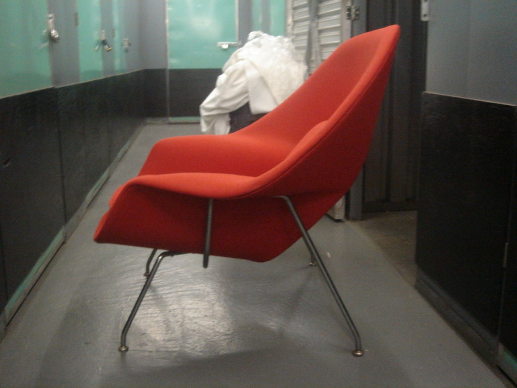 Vintage Womb Chair & Ottoman by Saarinen for Knoll in Red Fabric 4