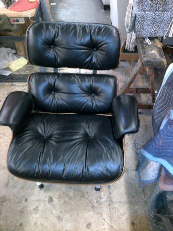 Vintage Rosewood Chair & Ottoman by Eames for Herman Miller 2