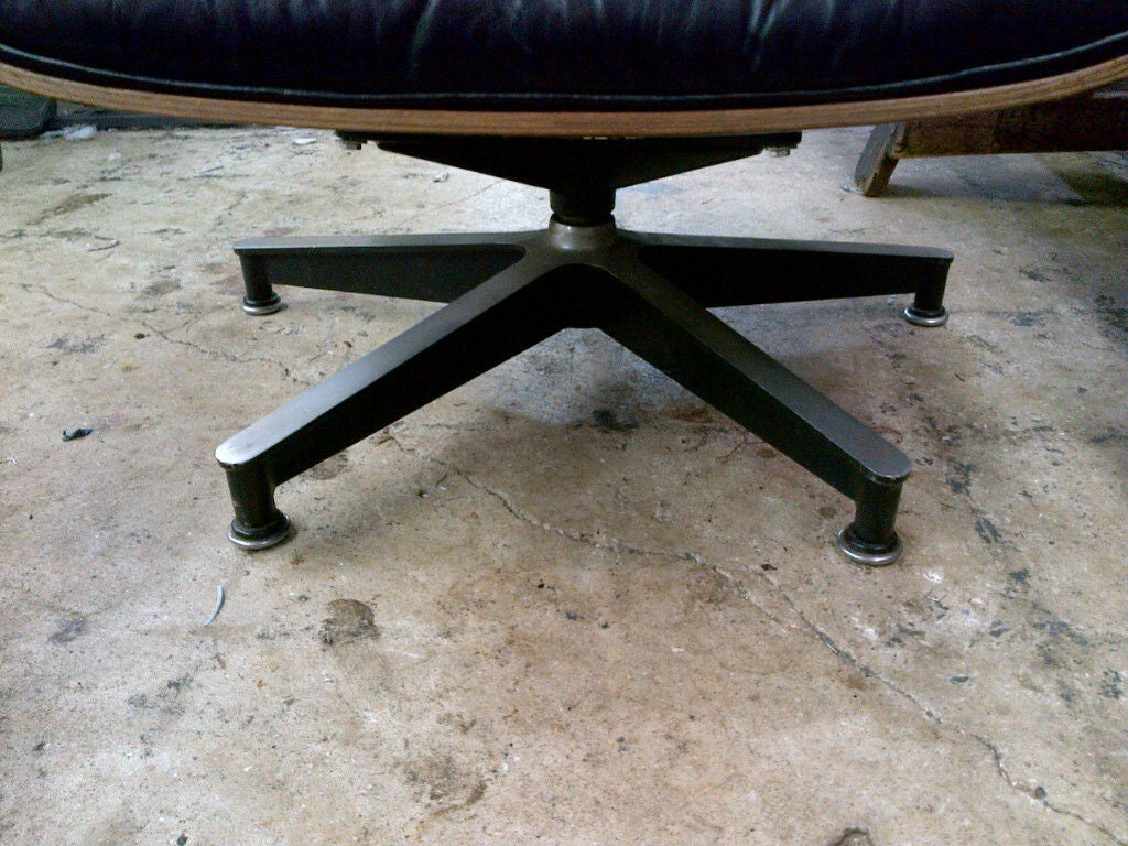 Vintage Rosewood Chair & Ottoman by Eames for Herman Miller 5