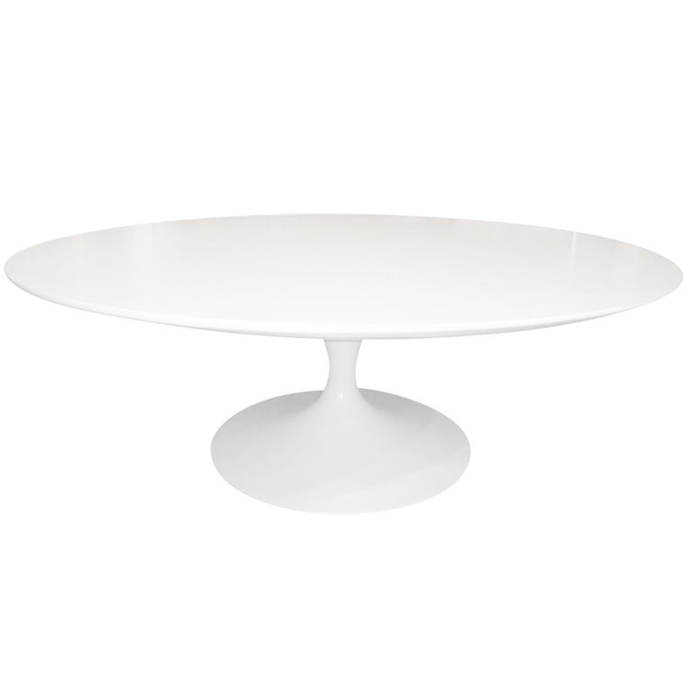 Tulip Round Coffee Table by Saarinen for Knoll