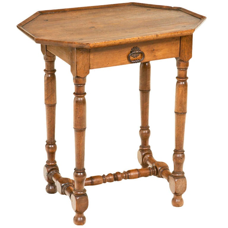 louis xiii louis xiv table at 1stdibs. Black Bedroom Furniture Sets. Home Design Ideas