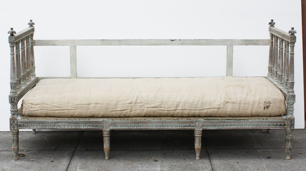 Swedish gustavian sofa daybed at 1stdibs - Tete cherry bed ...