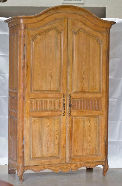 louis xvi period french pine armoire at 1stdibs. Black Bedroom Furniture Sets. Home Design Ideas