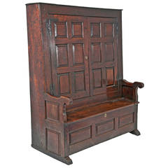 George II Period Oak Bacon Settle, circa 1720 England