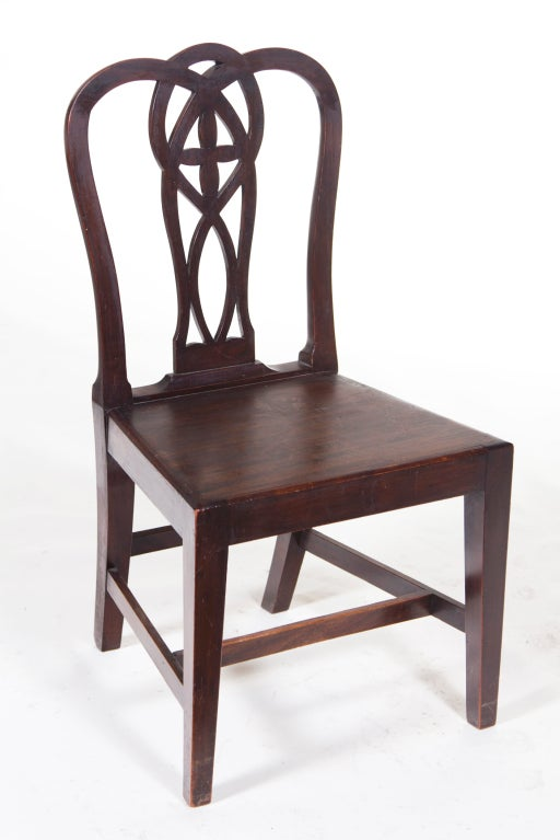 Pair of English Mahogany Chippendale Chairs In Good Condition For Sale In San Francisco, CA