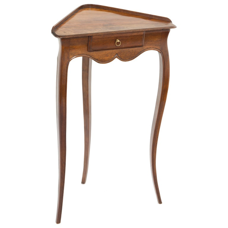 Small vintage french corner table at 1stdibs for Corner side table
