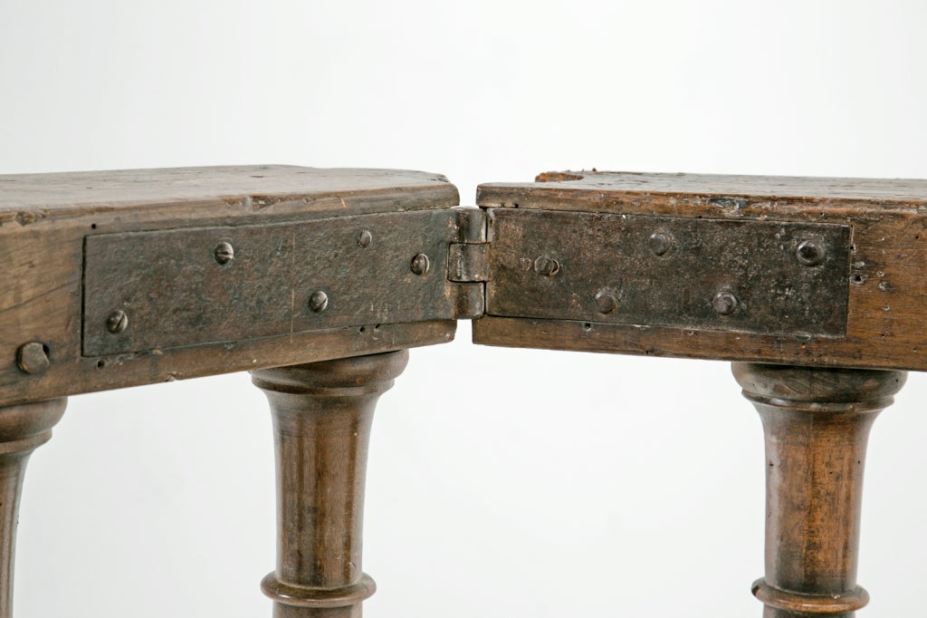 18th Century and Earlier Pair of Baroque Italian Walnut Railings / Gates For Sale