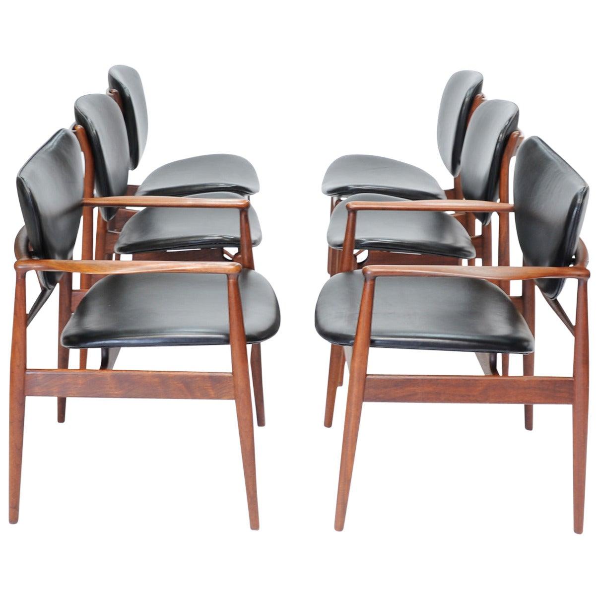 Set Of Six Finn Juhl Dining Chairs For Baker At 1stdibs