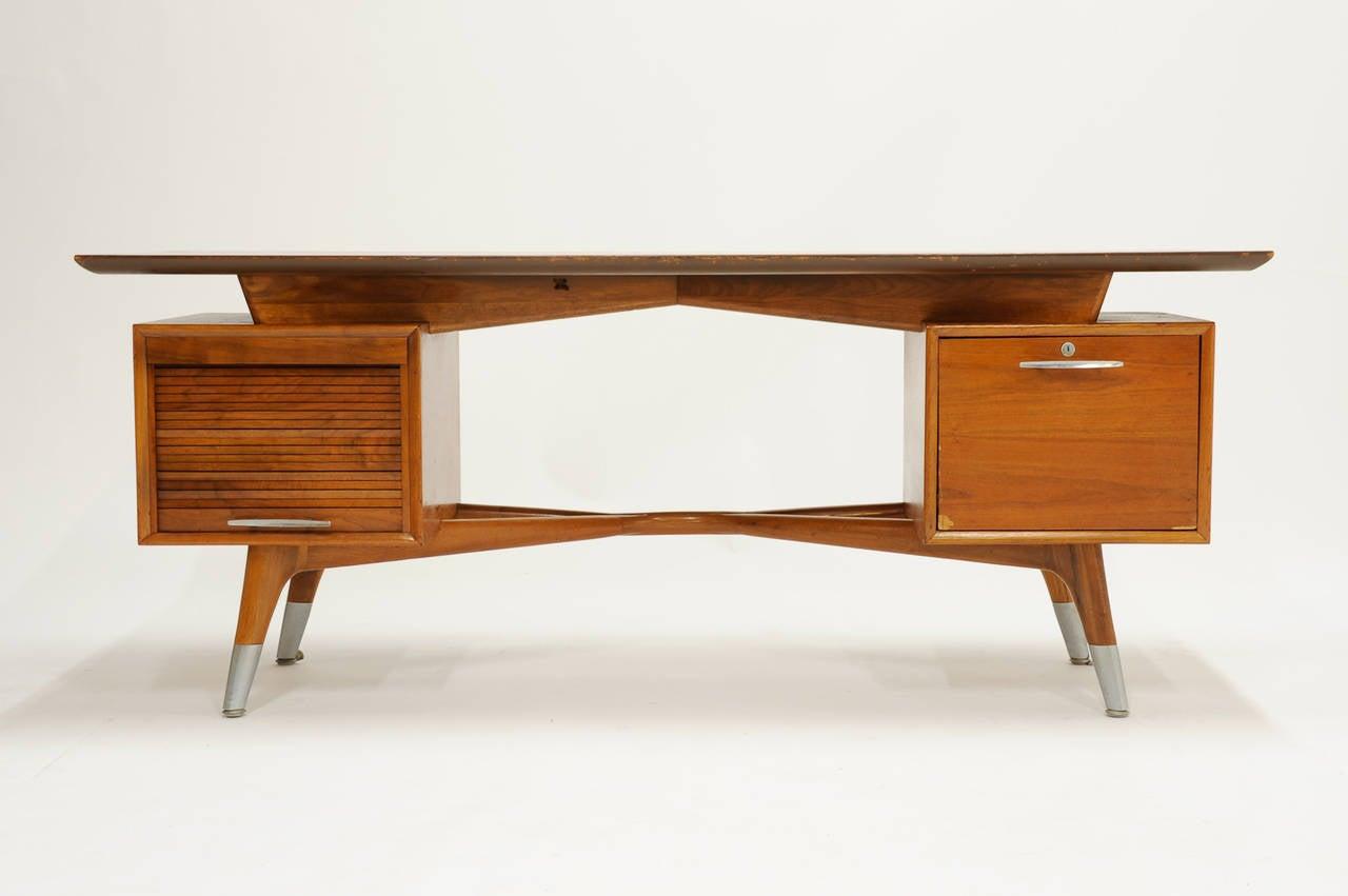 Custom order monteverdi young executive desk with hour for Unique desks for sale