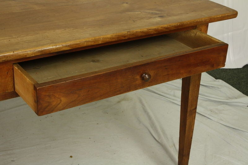 Antique French Cherry Four Drawer Dining Table at 1stdibs : 791013027982622 from www.1stdibs.com size 800 x 534 jpeg 50kB