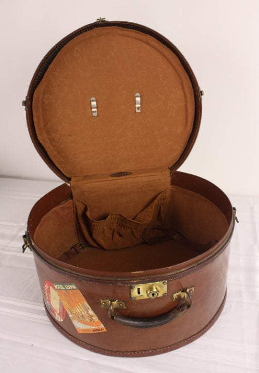 Pair of Antique English Leather Travel Hat Boxes image 4