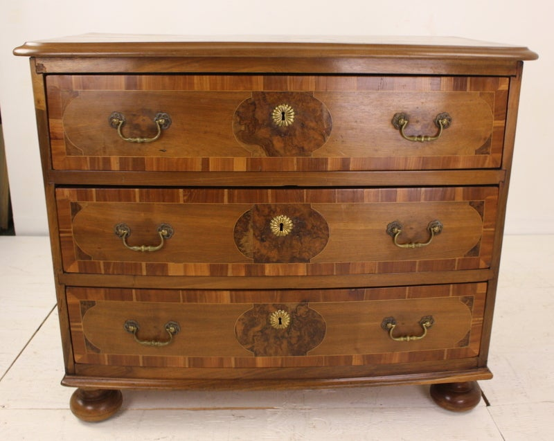 outstanding inlaid louis xiv commode at 1stdibs. Black Bedroom Furniture Sets. Home Design Ideas