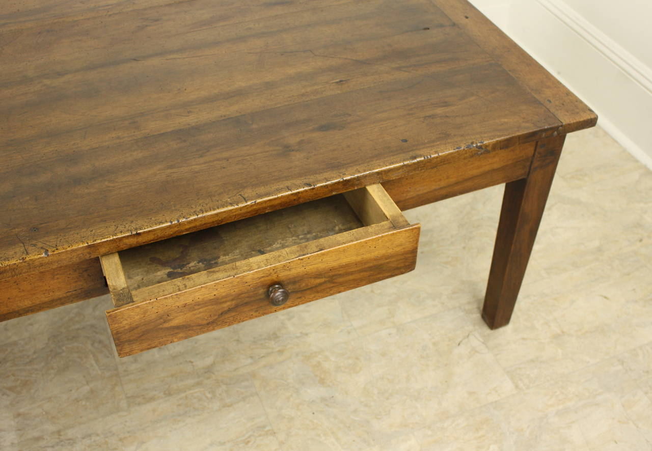 Antique Walnut Coffee Table with Two Drawers For Sale 1