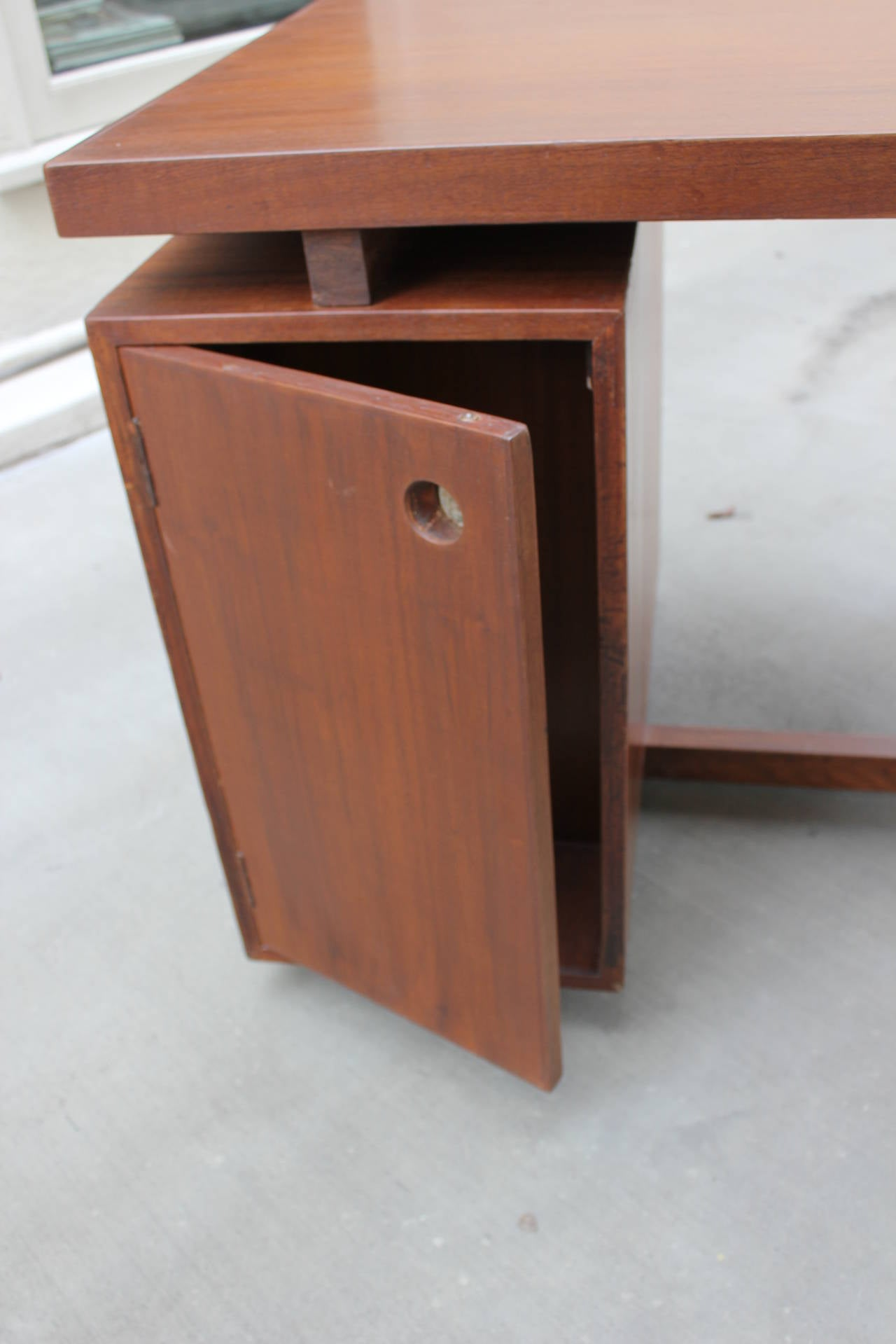 Mid-20th Century Pierre Jeanneret Bureau of Administration Desk For Sale