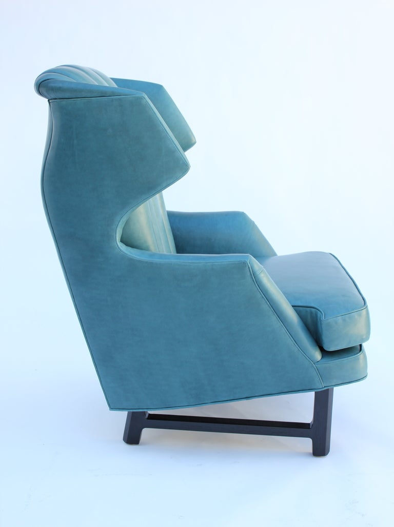 Janus Wing Chair by Edward Wormley for Dunbar In Excellent Condition For Sale In Los Angeles, CA