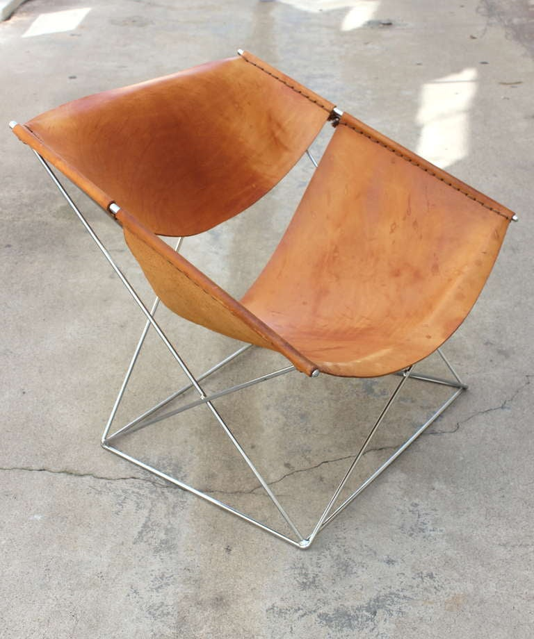 pair of pierre paulin butterfly chairs at 1stdibs