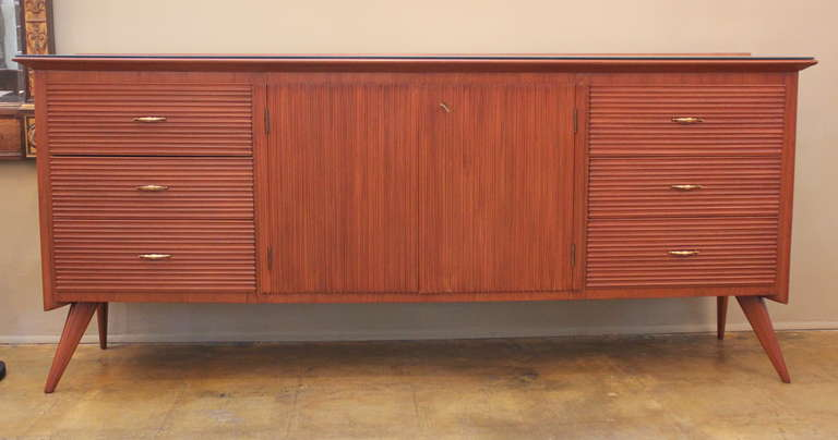 Italian Ribbed Walnut Cabinet In Excellent Condition For Sale In Los Angeles, CA