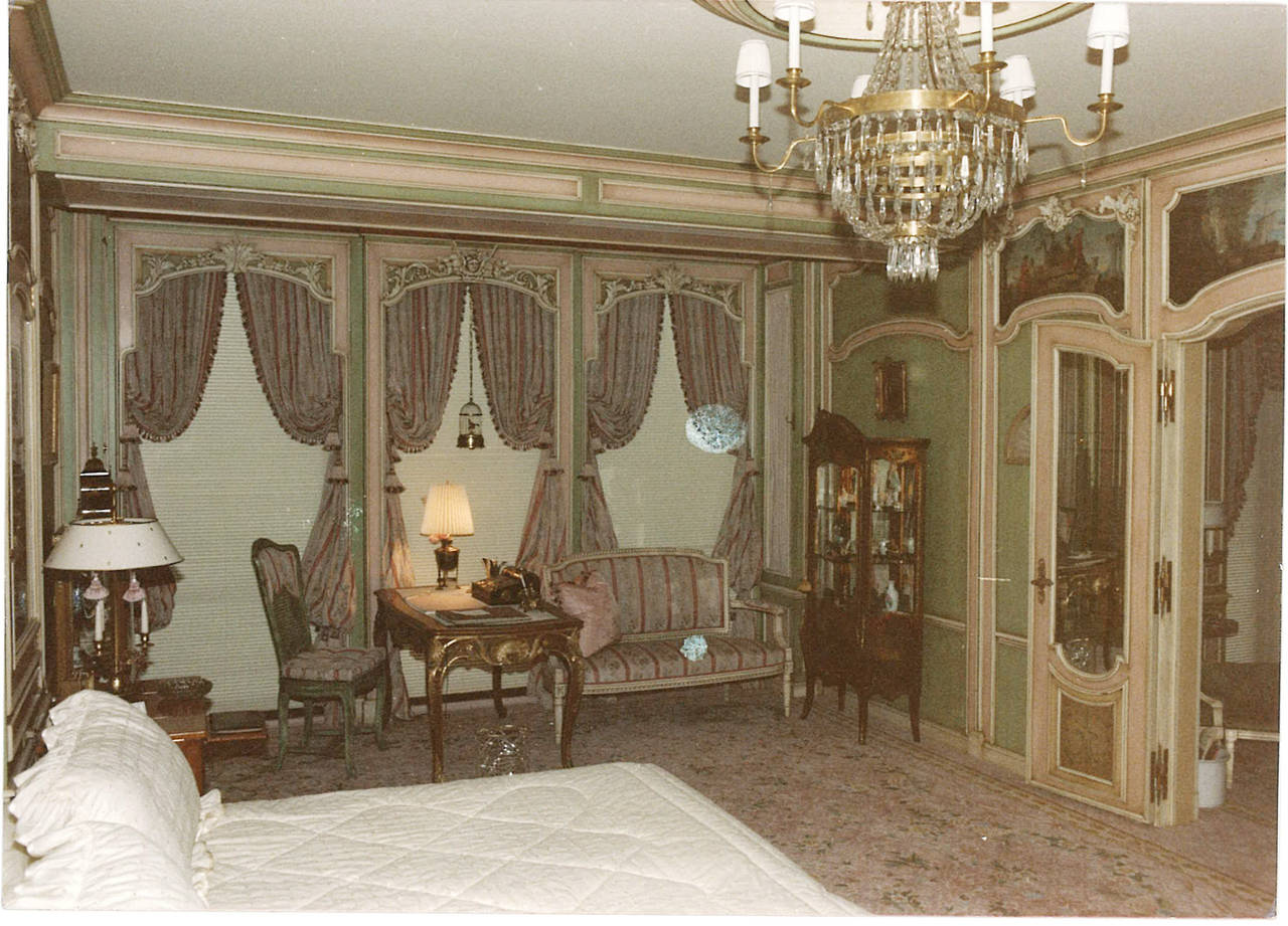 Louis XV 18th Century Boiserie from a French Chateau, Complete Room For Sale