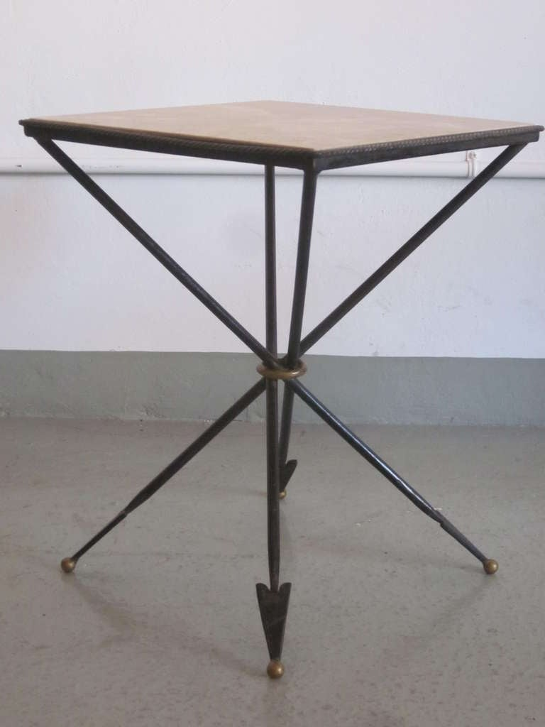 Mid-Century Modern Pair of French 1940s Style Modern Neoclassical Gueridons / Side Tables For Sale