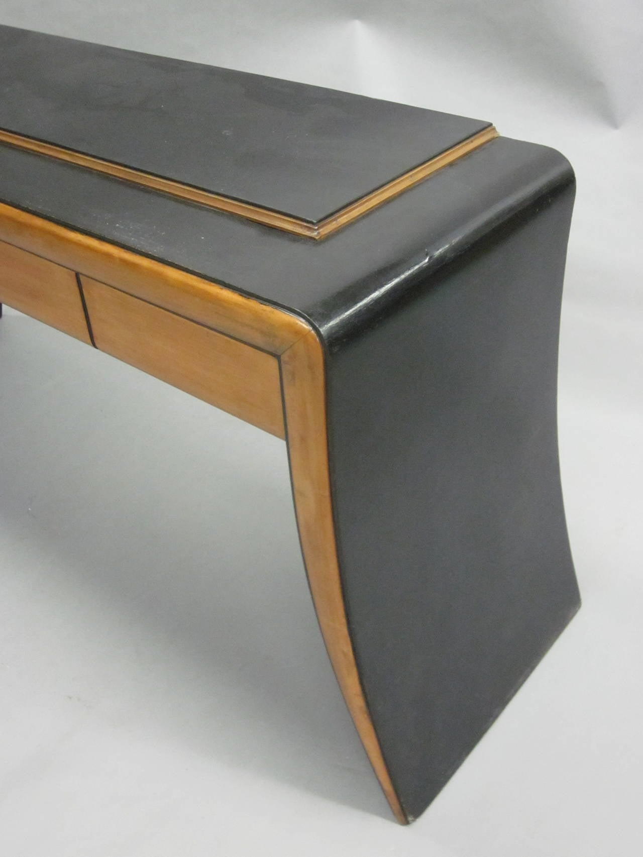 Italian Mid-Century Modern Neoclassical Vanity / Sofa Table by Paolo Buffa, 1930 7