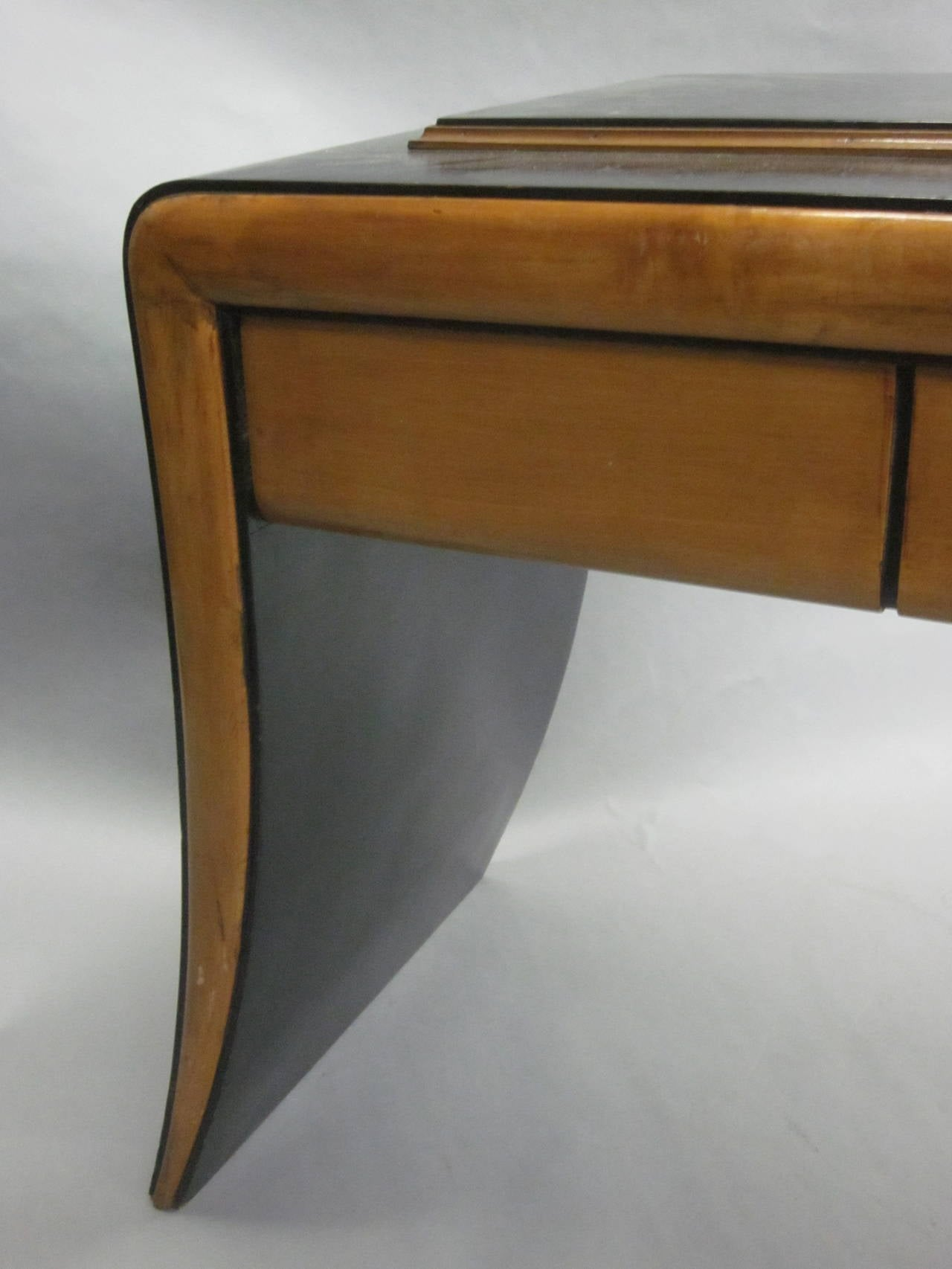 Italian Art Deco / Modern Neoclassical Vanity / Sofa Table by Paolo Buffa, 1930 For Sale 2